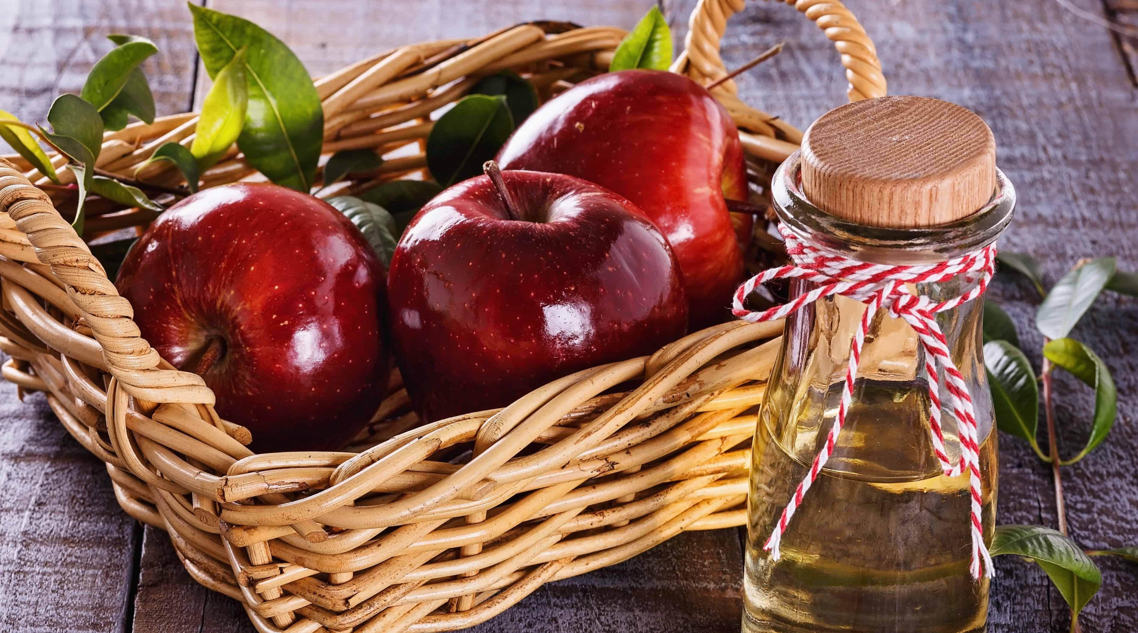 Es malo tomar vinagre de manzana puro