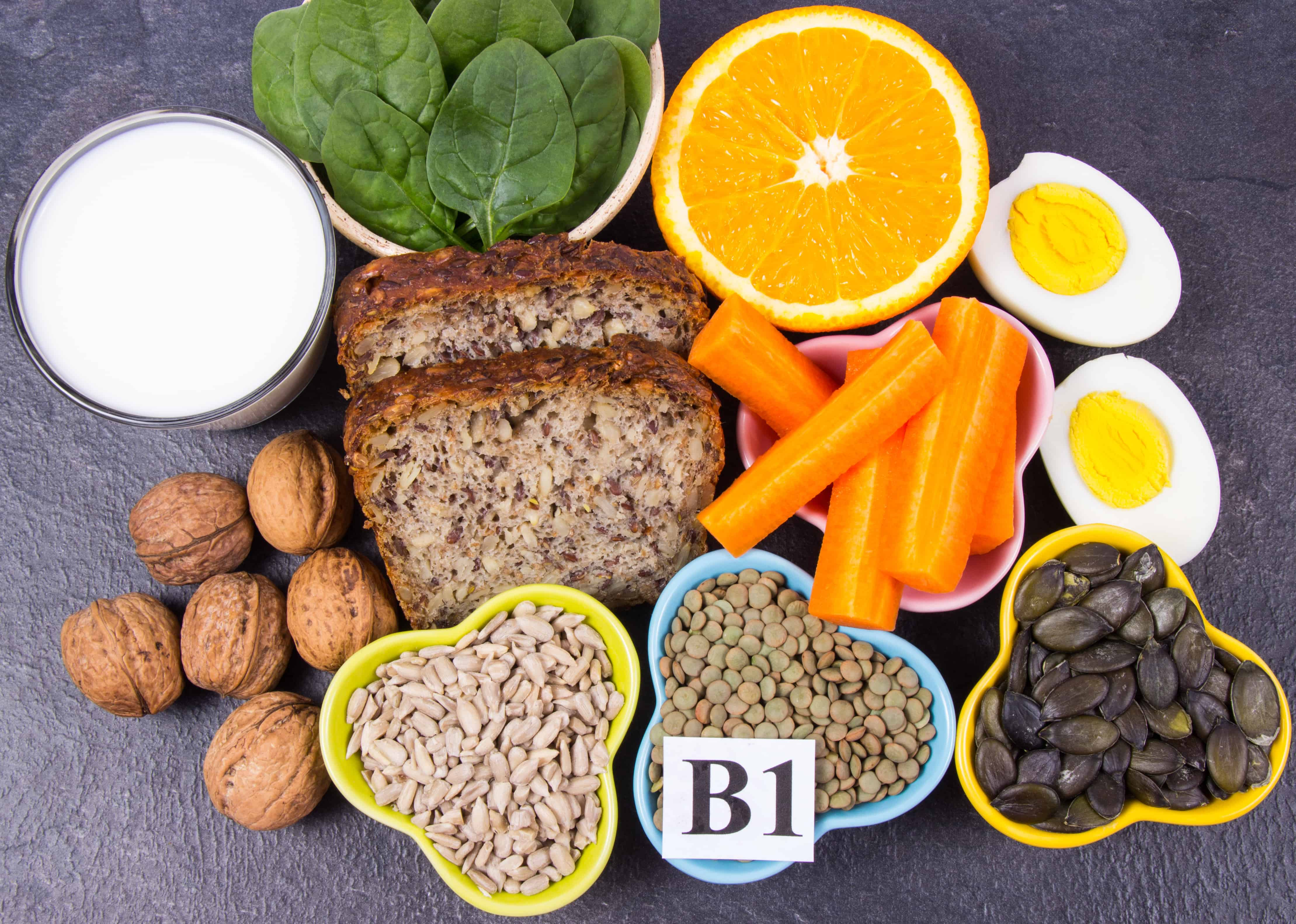 es malo tener alta la vitamina b12