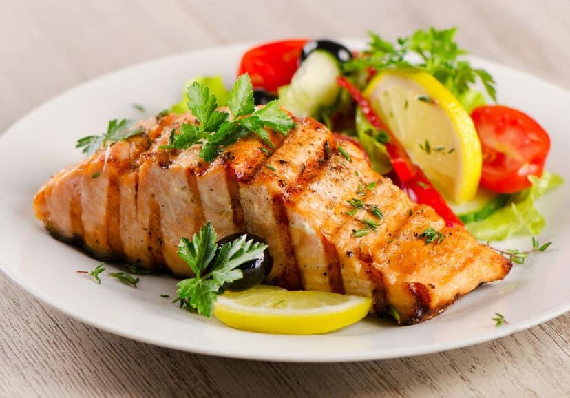 Salmón con verduras